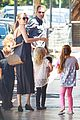 angelina jolie shops with knox vivienne 14