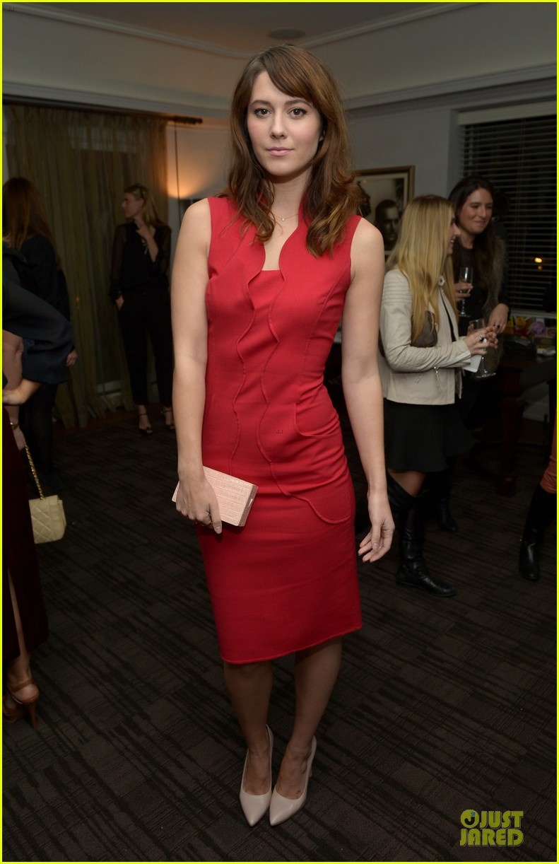 rashida jones christina hendricks banana republic lwren scott collection launch 05