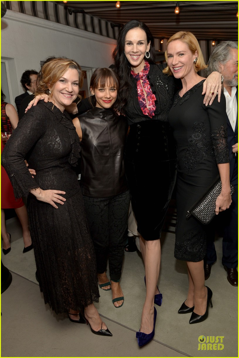 rashida jones christina hendricks banana republic lwren scott collection launch 222996384