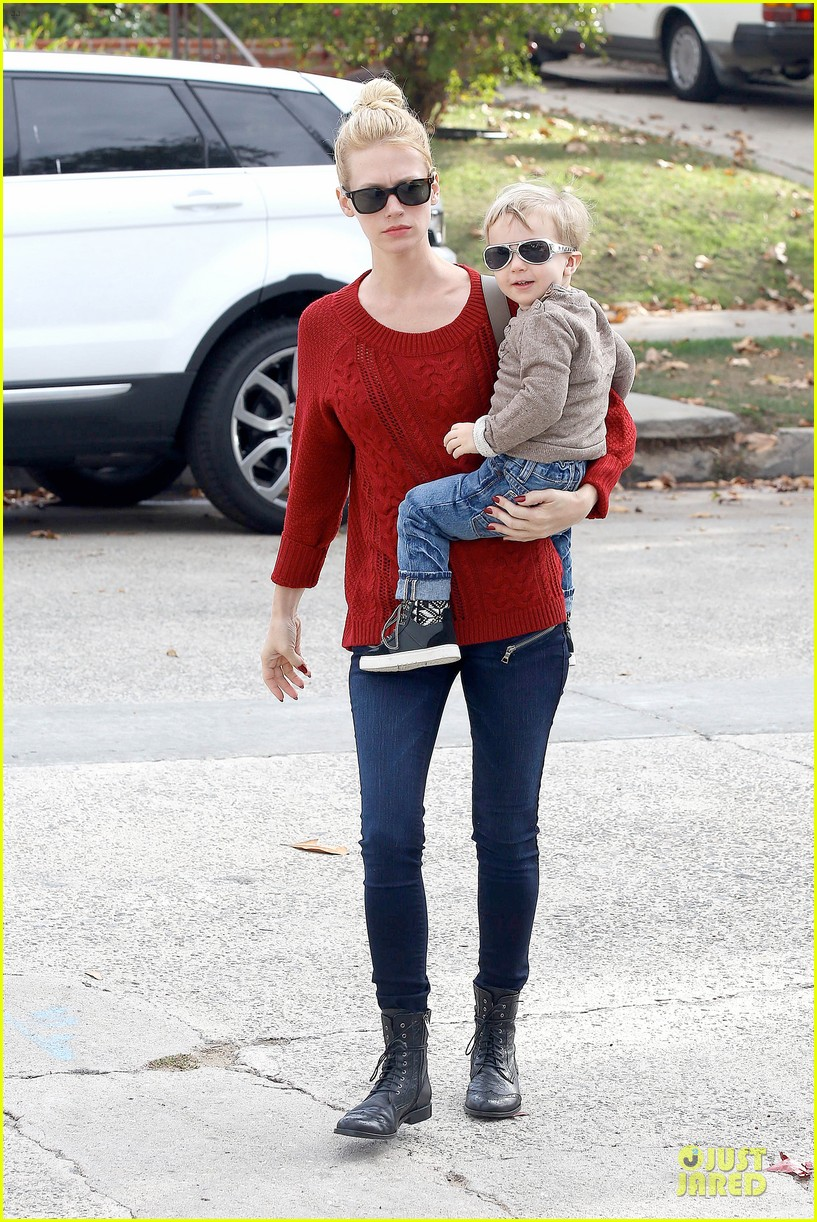 january jones sunglasses sporting pair 17