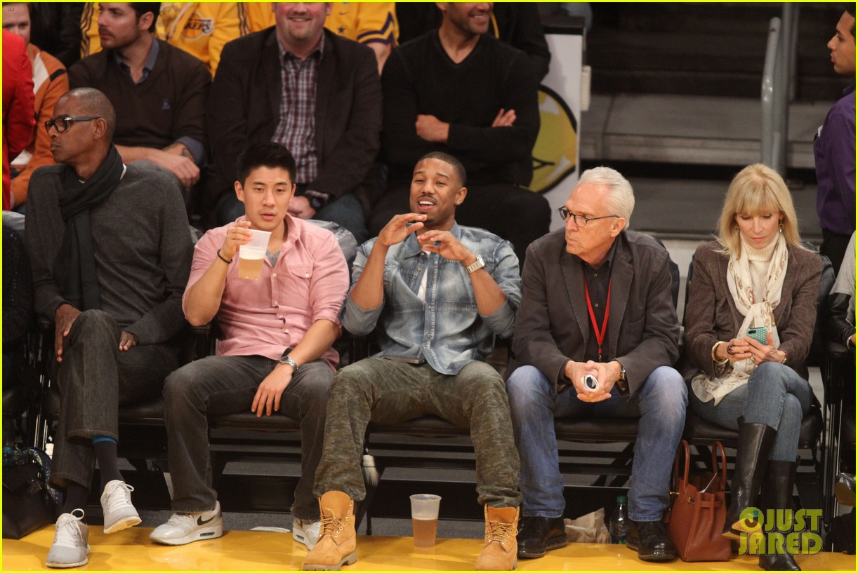 michael b jordan courtside seats at lakers v kings game 20