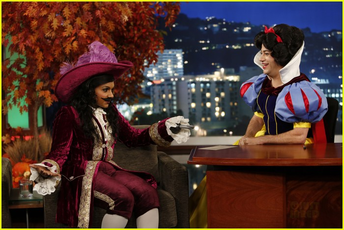 mindy kaling jimmy kimmel disney halloween costumes 05
