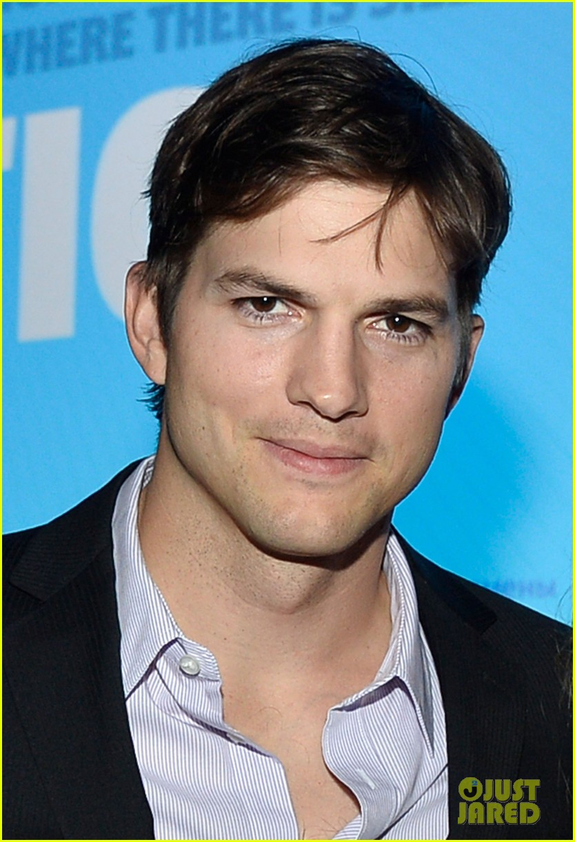 ashton kutcher speaks at human rights watch dinner 07