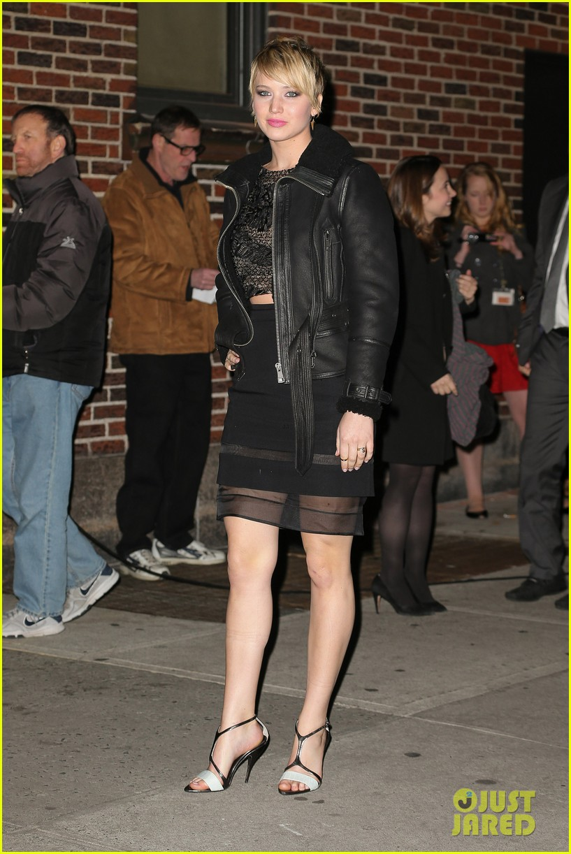 jennifer lawrence visits letterman with older brother ben 102996795