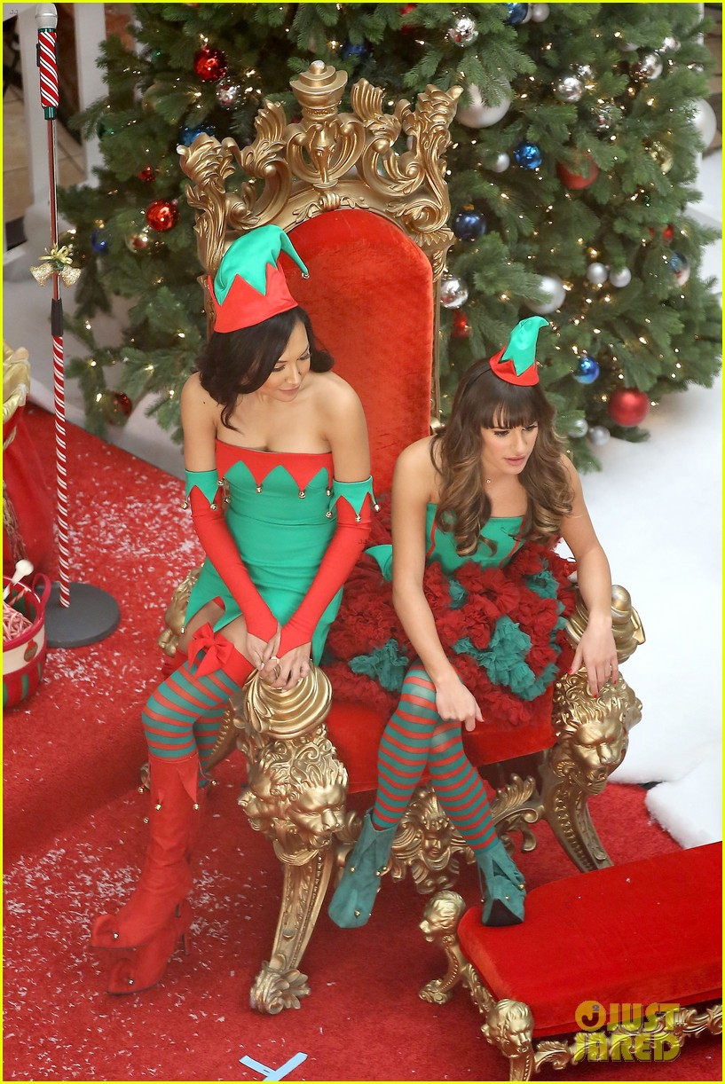 lea michele naya rivera santas sexy little helpers 07