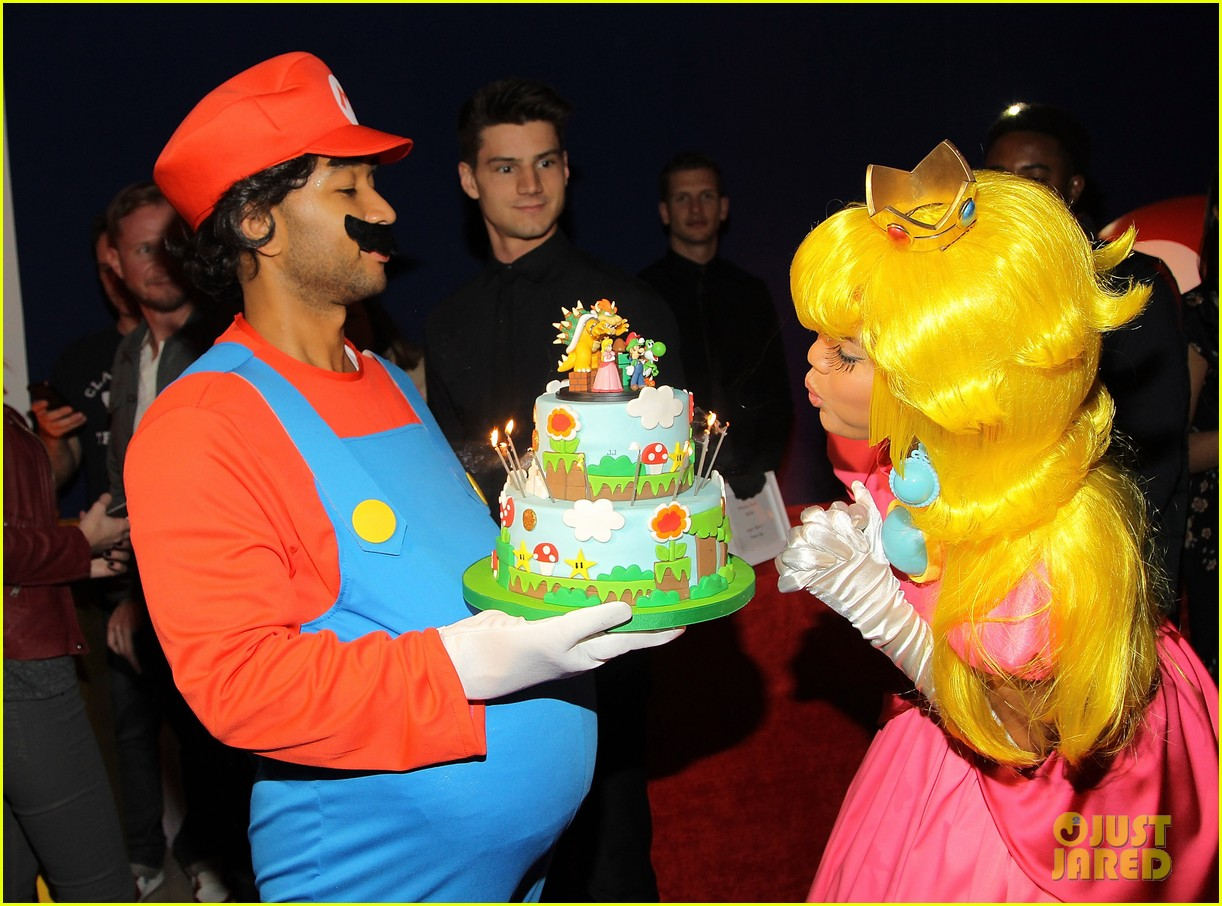 john legend chrissy teigen super mario bros birthday party 13