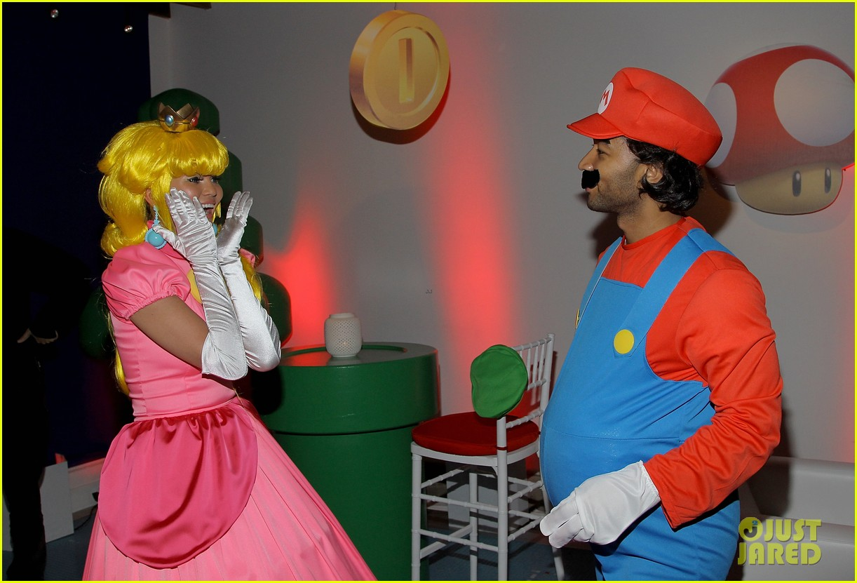 john legend chrissy teigen super mario bros birthday party 21