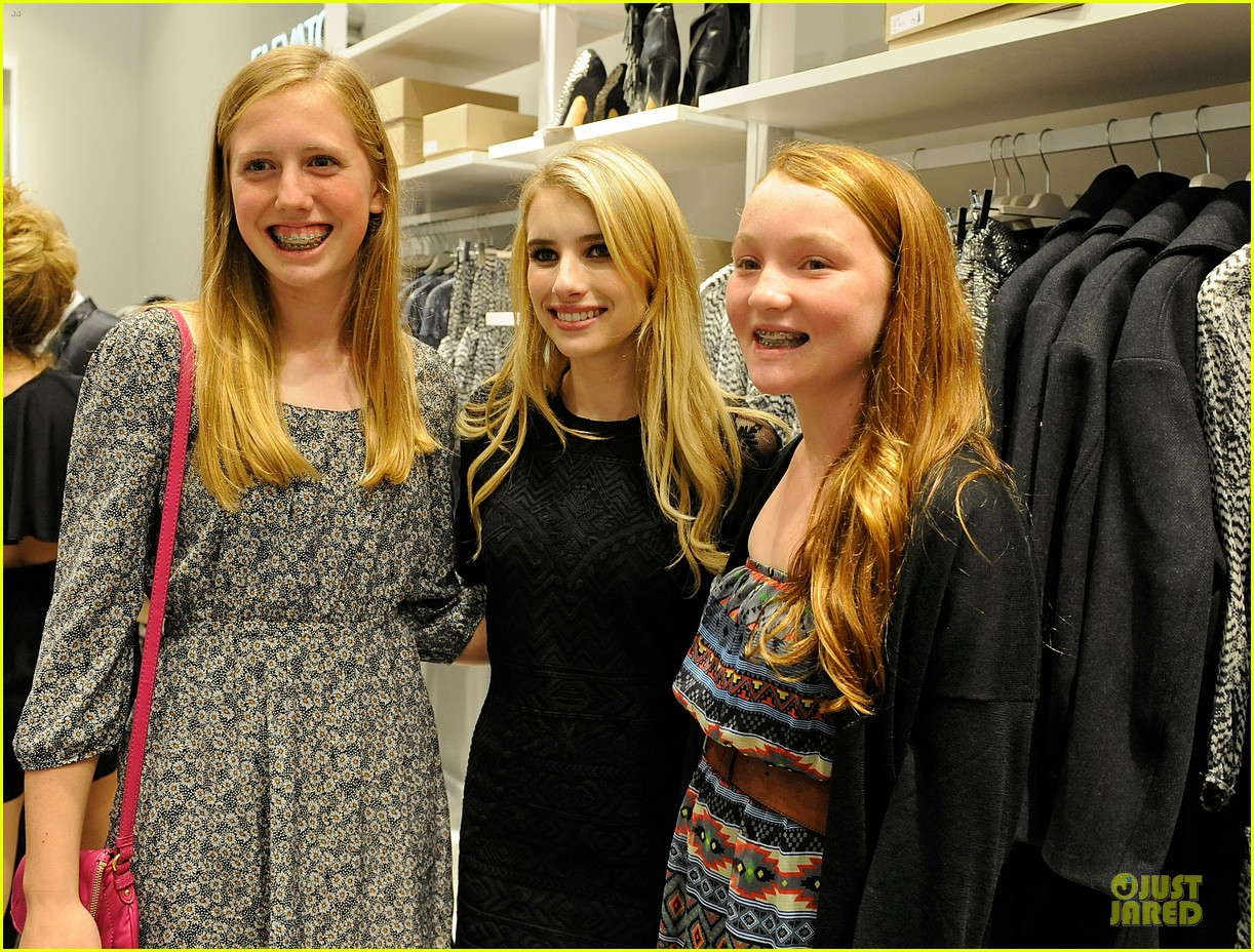blake lively emma roberts hm new orleans store opening 152994385