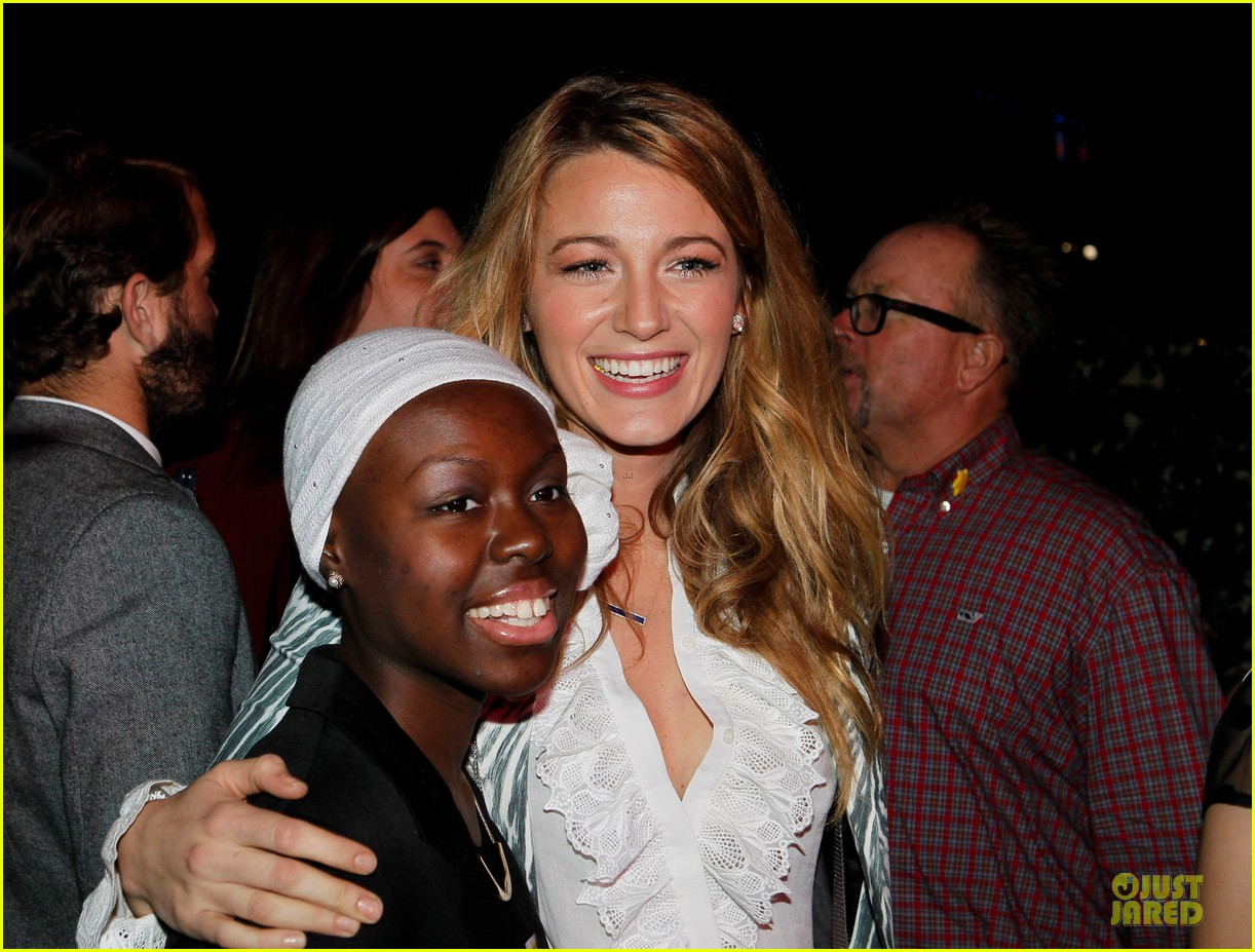 blake lively emma roberts hm new orleans store opening 17