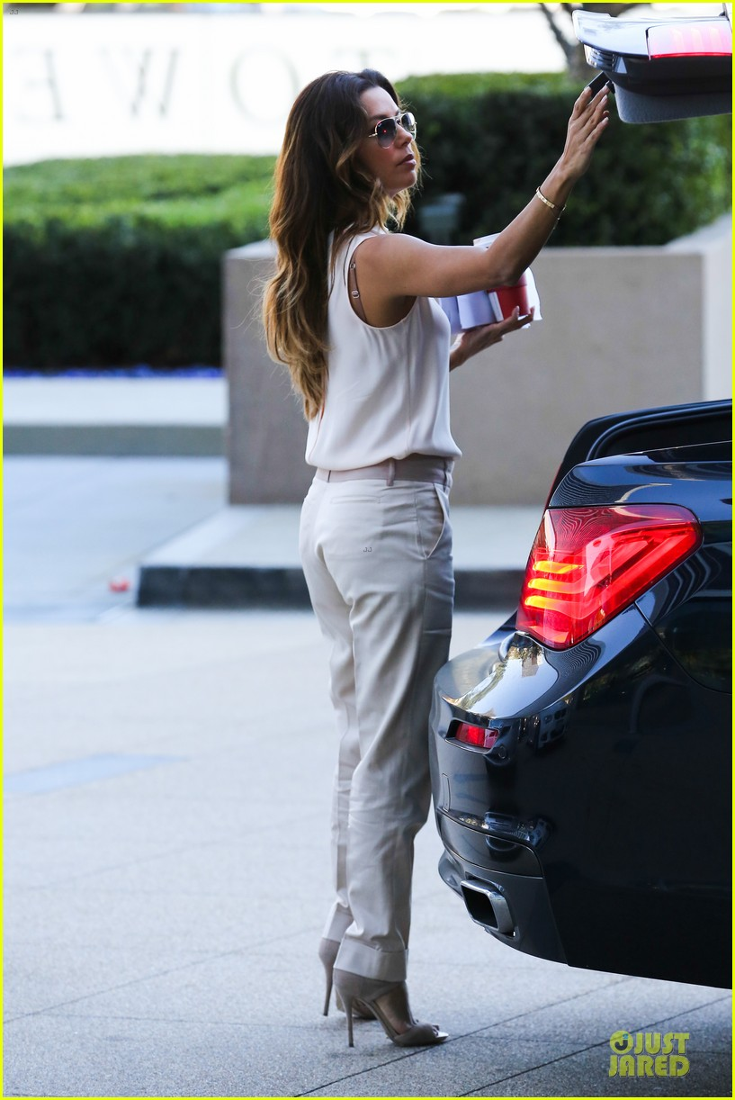 eva longoria classy chic transformation after workout 26