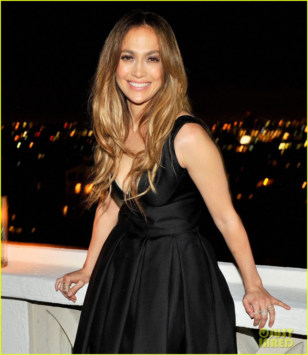 jennifer lopez dsquared2 dinner following the amas 2013 05