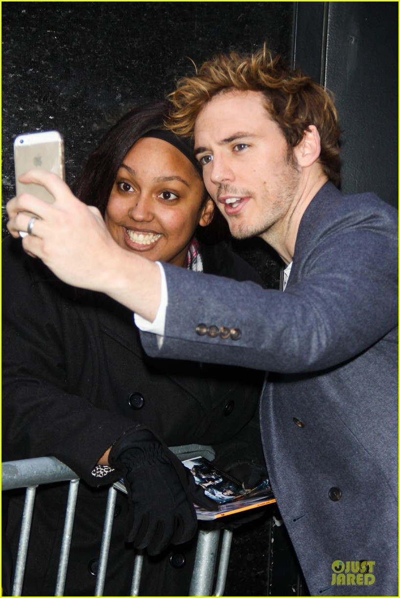 jena malone sam claflin promotes catching fire on gma 052993937