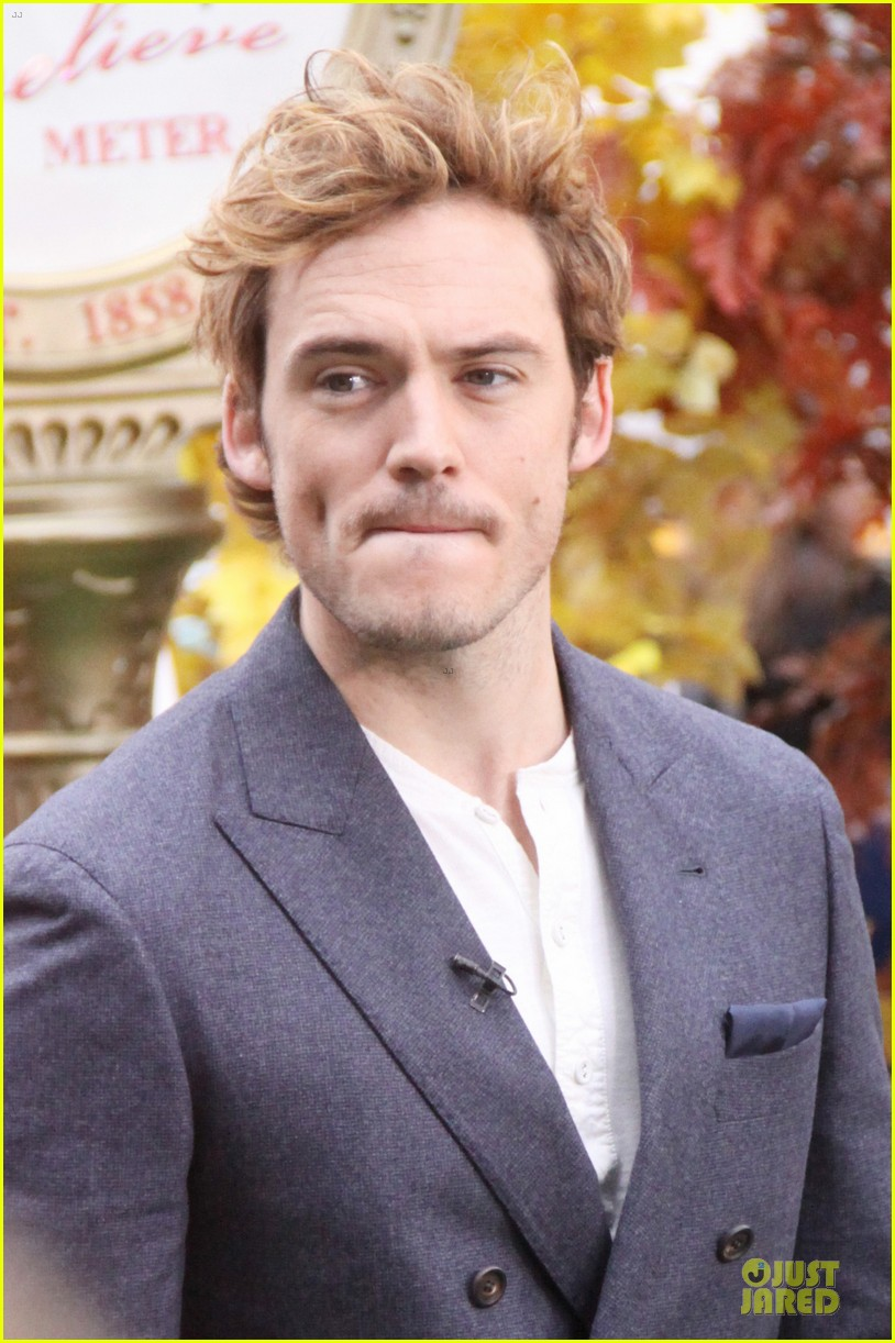 jena malone sam claflin promotes catching fire on gma 222993954