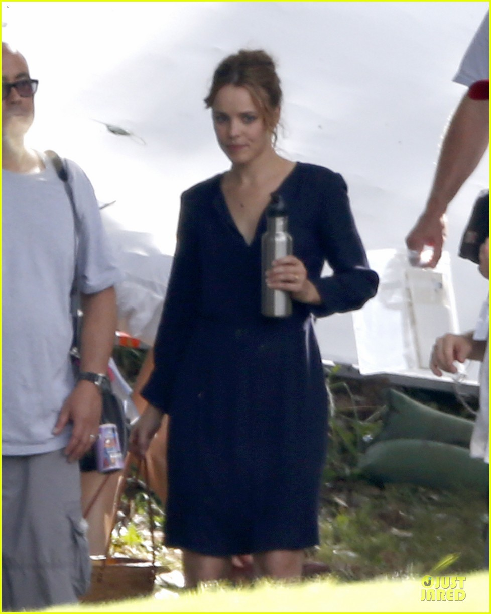 rachel mcadams funeral scene for untitled cameron crowe project 04