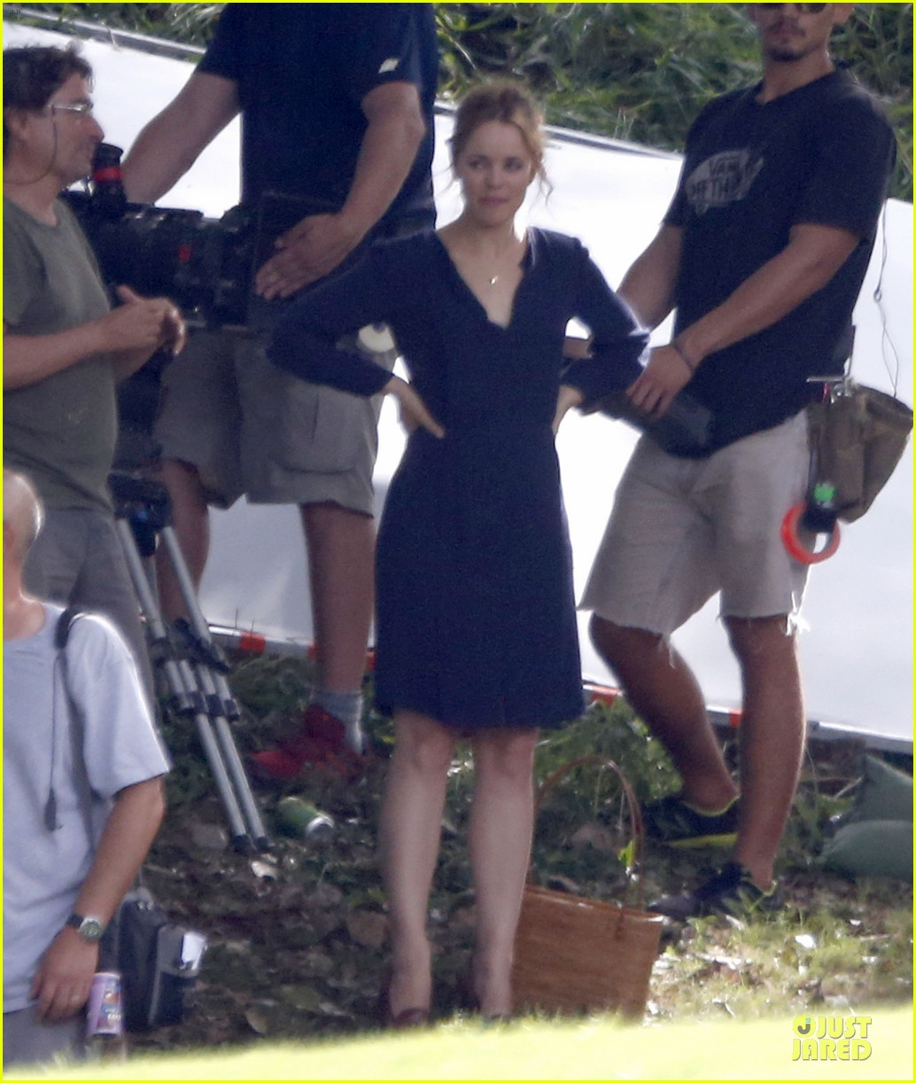 rachel mcadams funeral scene for untitled cameron crowe project 05