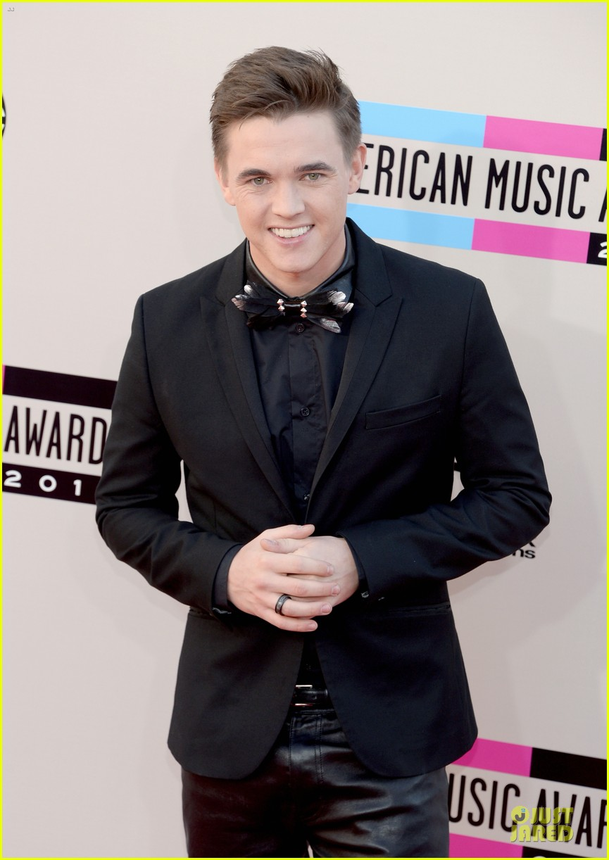 jesse mccartney amas 2013 red carpet 02