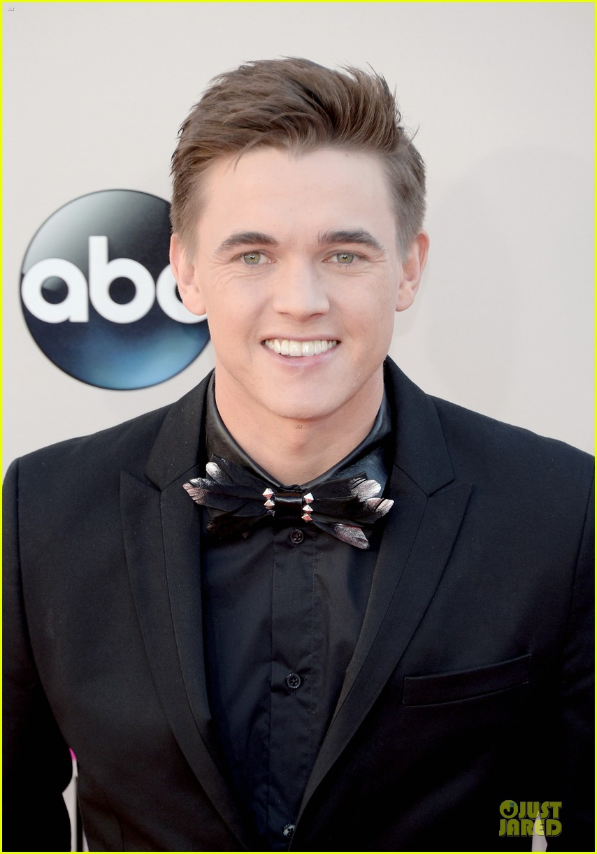 jesse mccartney amas 2013 red carpet 06
