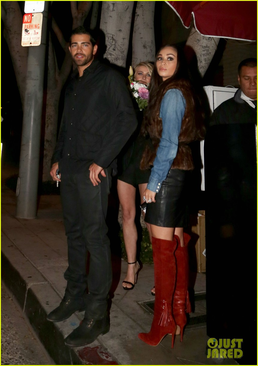 jesse metcalfe cara santana dinner with julianne hough 25
