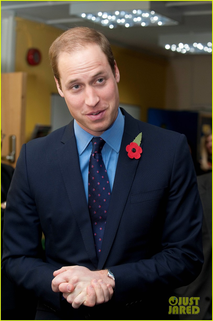 kate middleton prince william poppy day appeal 06