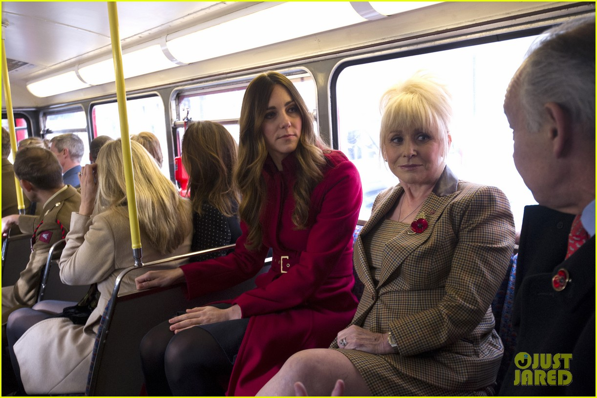 kate middleton prince william poppy day appeal 08