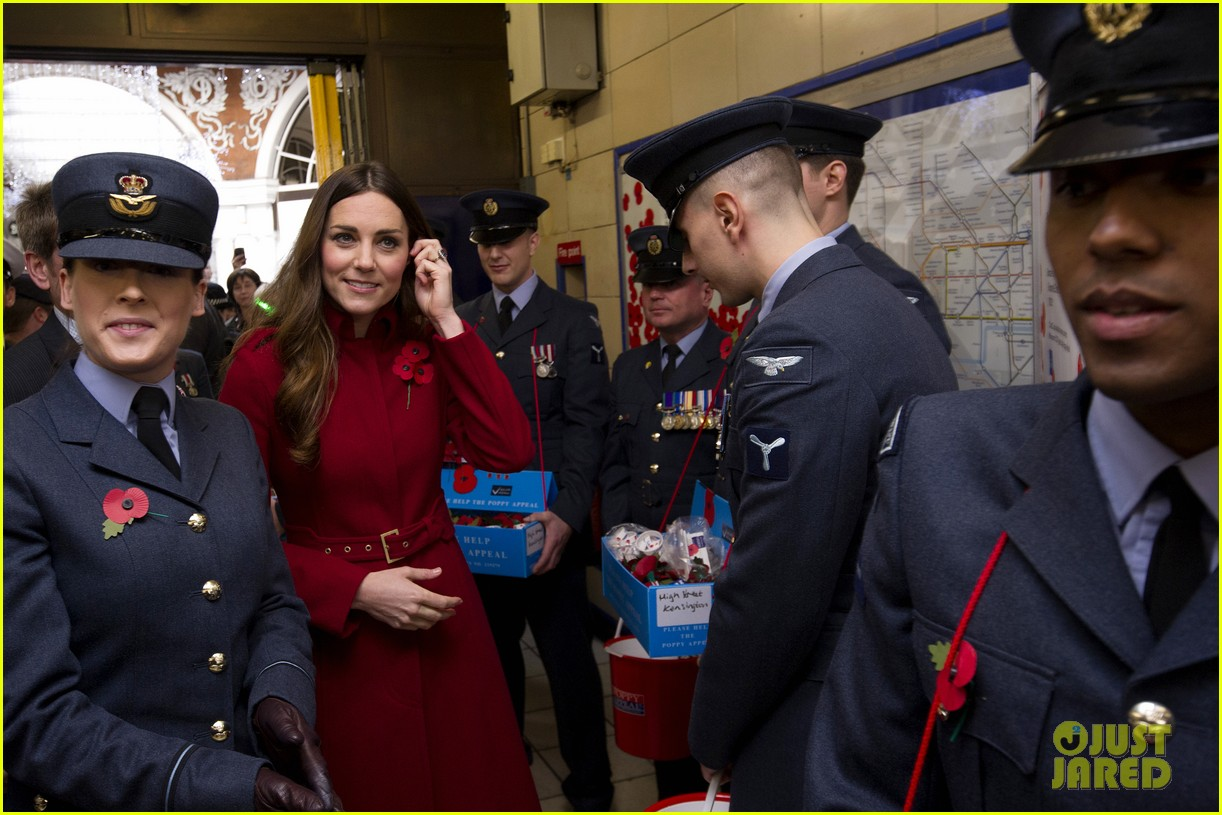 kate middleton prince william poppy day appeal 15