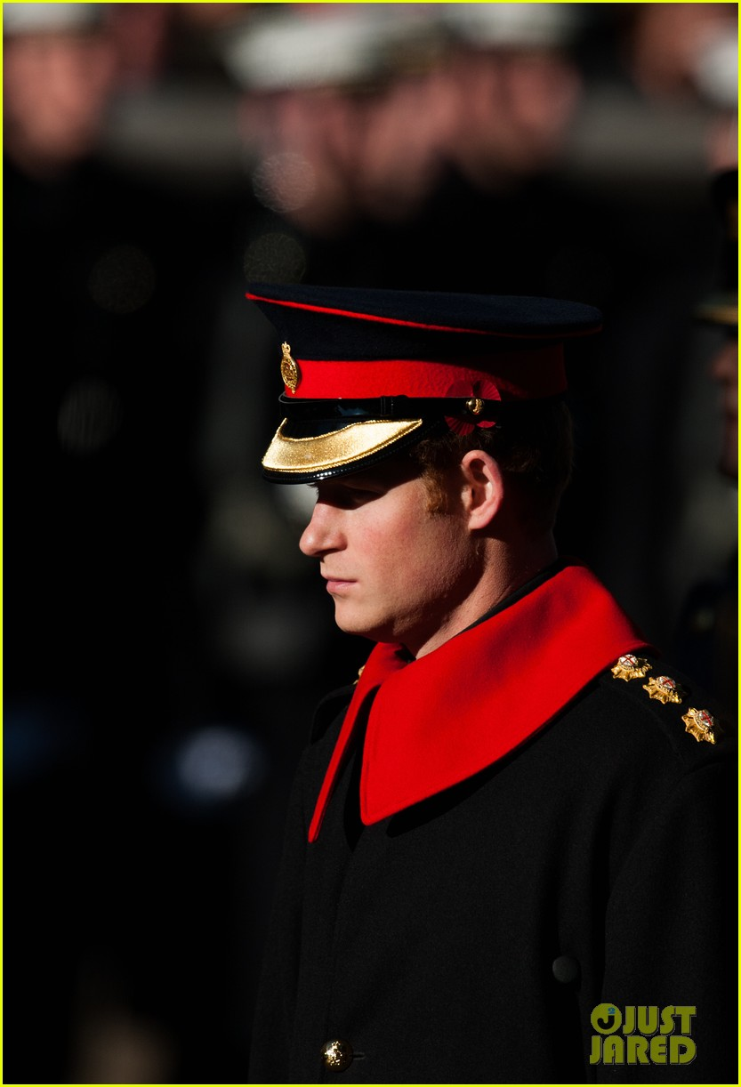 kate middleton prince william remembrance sunday sevice 01