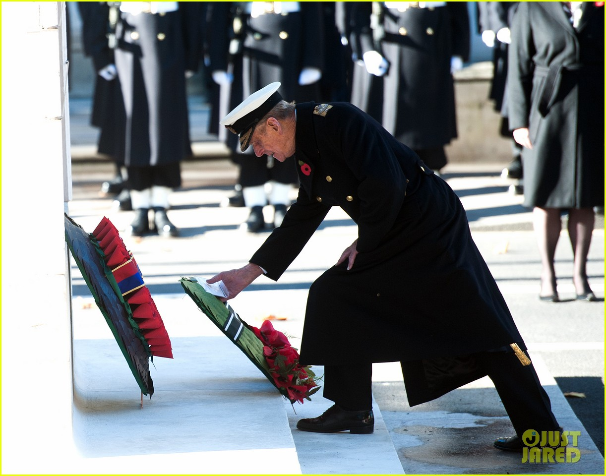 kate middleton prince william remembrance sunday sevice 11