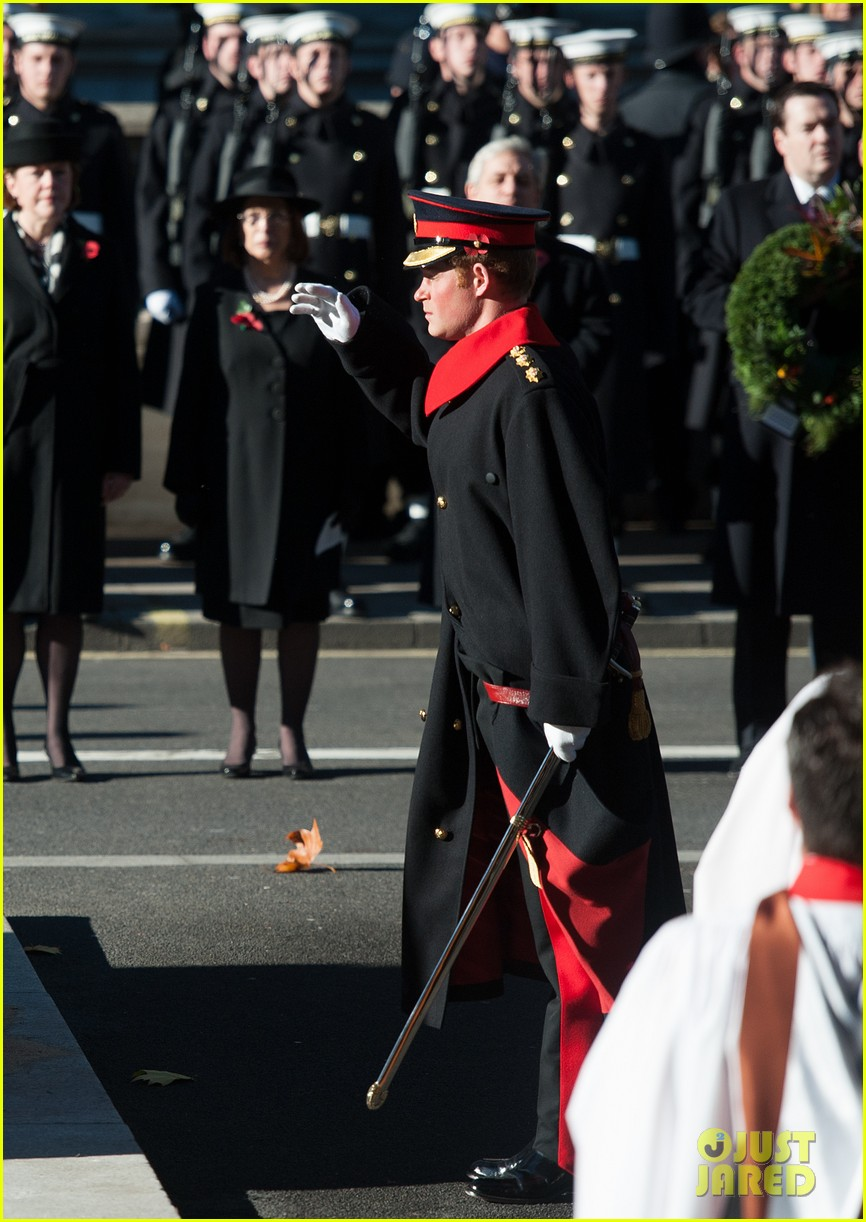 kate middleton prince william remembrance sunday sevice 16