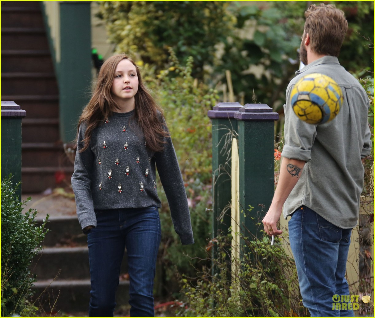 chloe moretz blue sporting babe on if i stay set 08