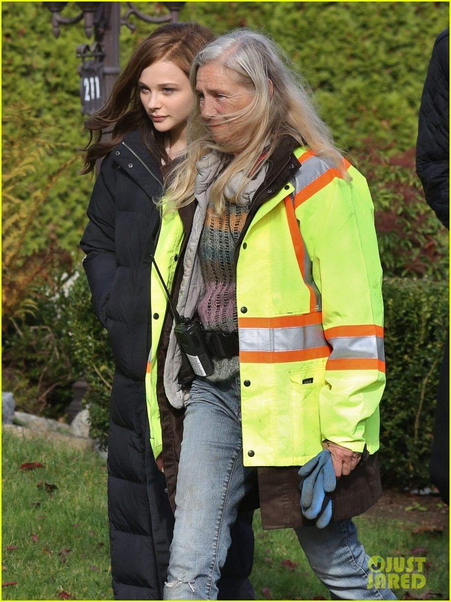 chloe moretz first day on if i stay set 15