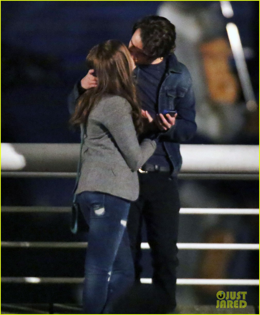 chloe moretz kisses co star jamie blackley on set 173001241