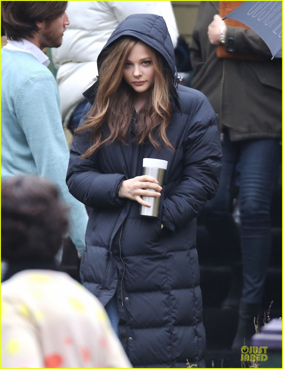 chloe moretz attached as phoebe in november criminals 042984883