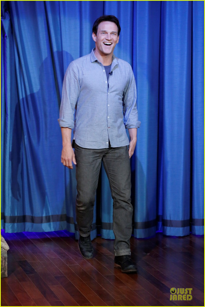 stephen moyer sound of music promo on fallon 01