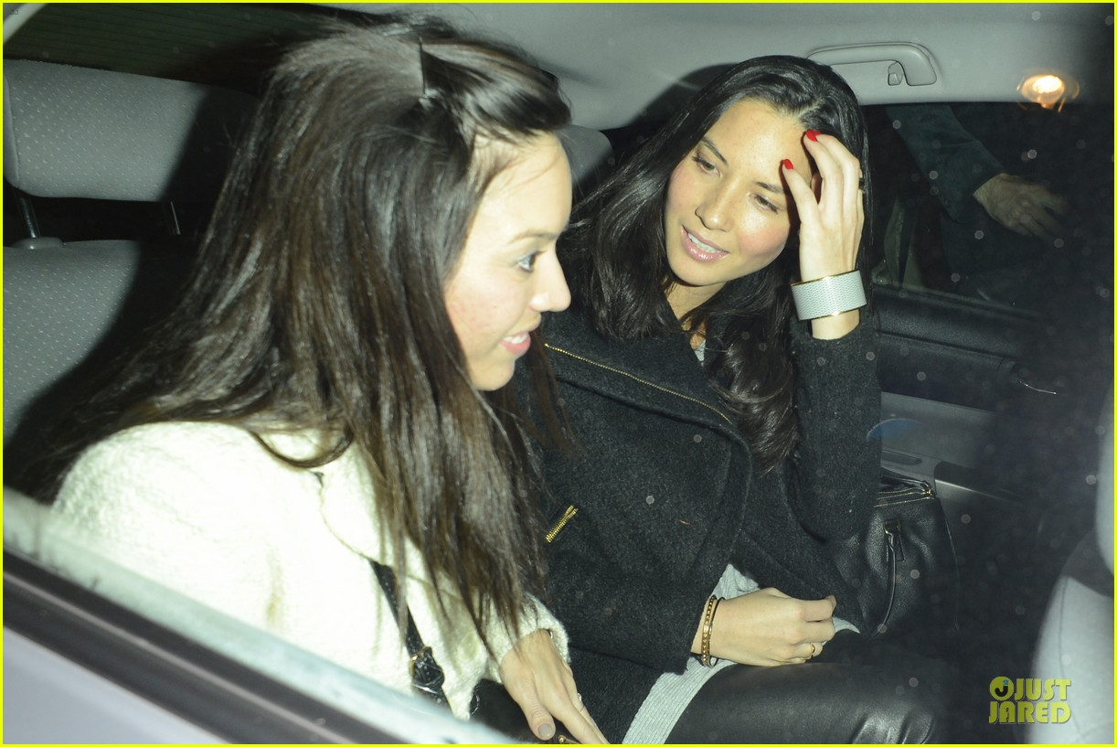olivia munn groucho club with stephen merchant 182994068