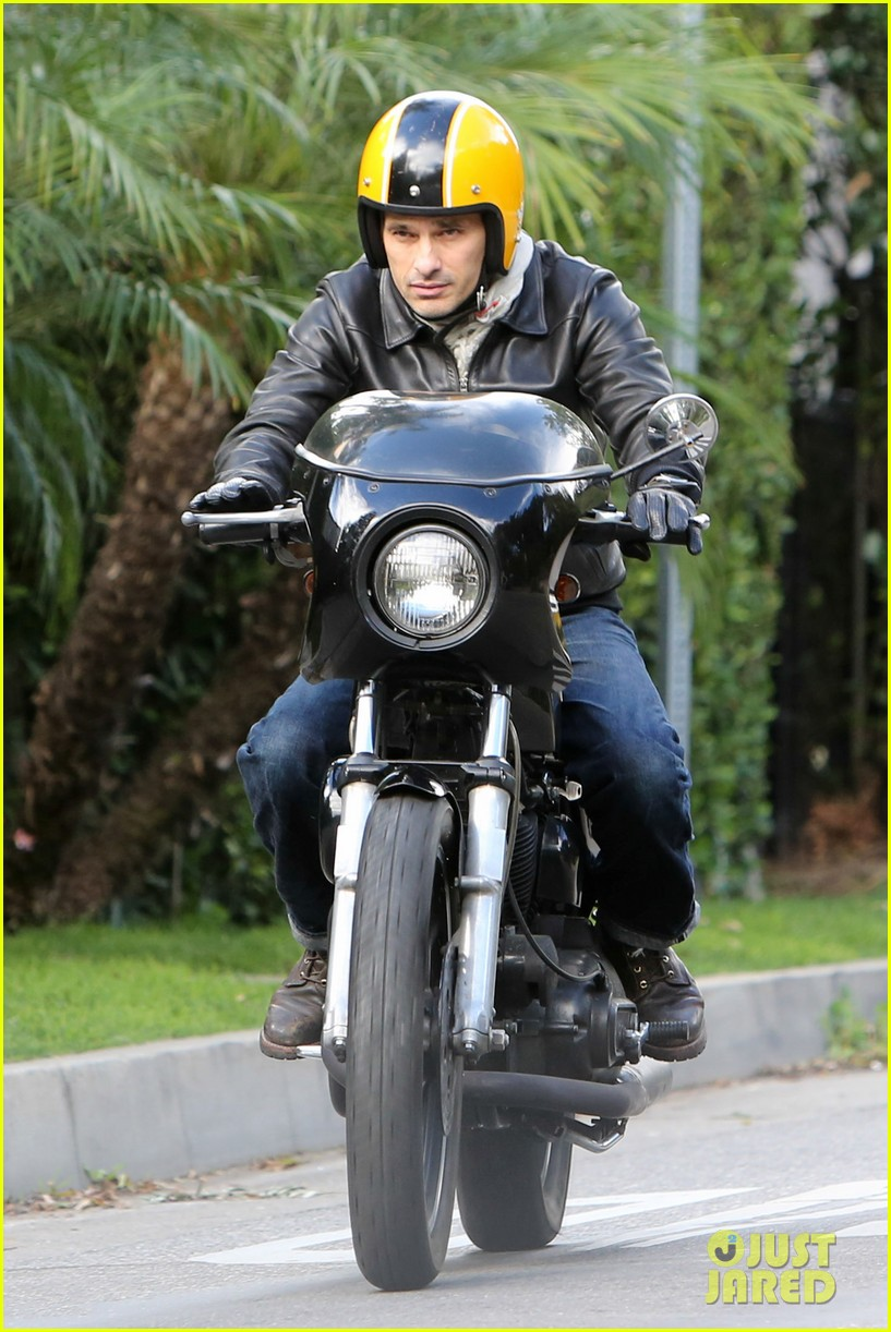 olivier martinez back on the road after minor fender bender 123001326