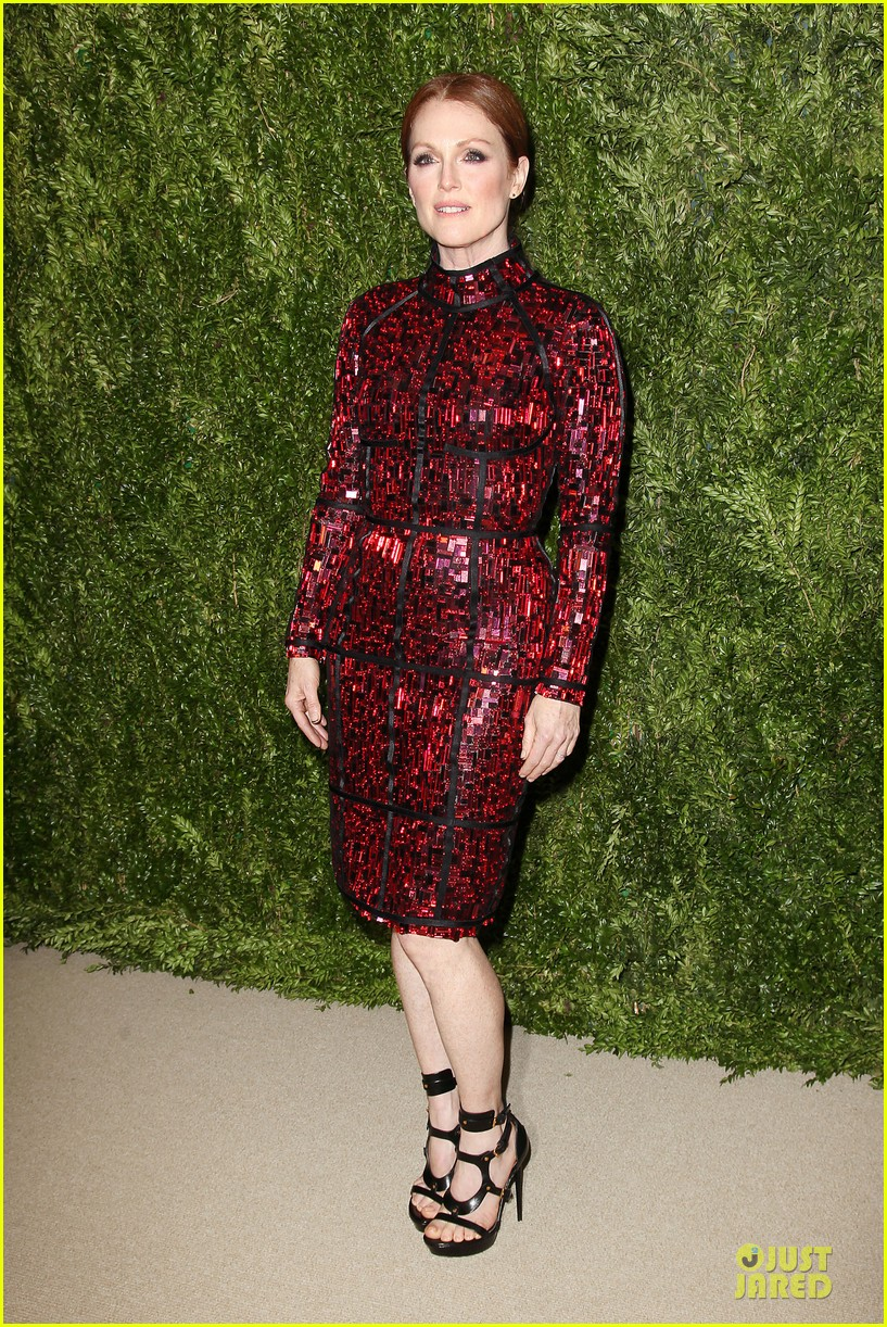 ashley olsen julianne moore cfda fashion fund finalists celebration 15