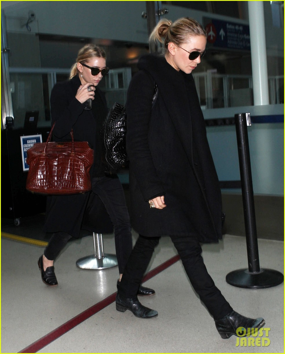 mary kate ashley olsen land at lax 032993226