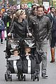 anna paquin stephen moyer check out nyc marathon 05