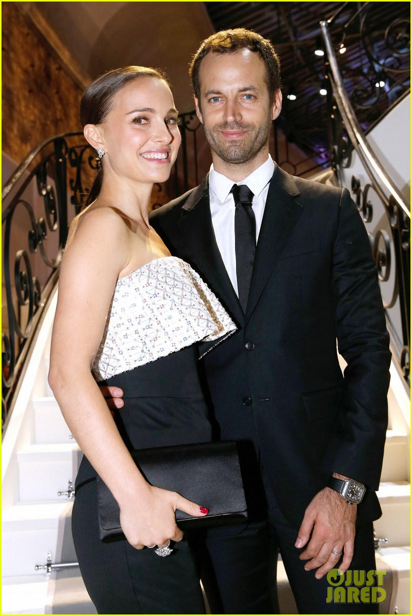 natalie portman miss dior exhibition with benjamin millepied 04