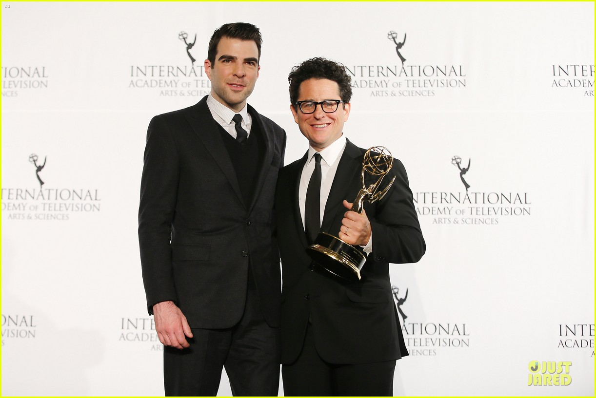 zachary quinto honors jj abrams at international emmys 10