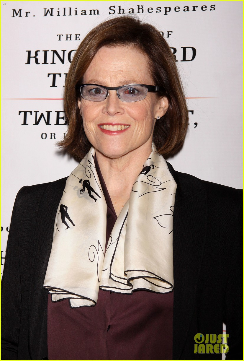 zachary quinto sigourney weaver twelfth night opening night 082990256