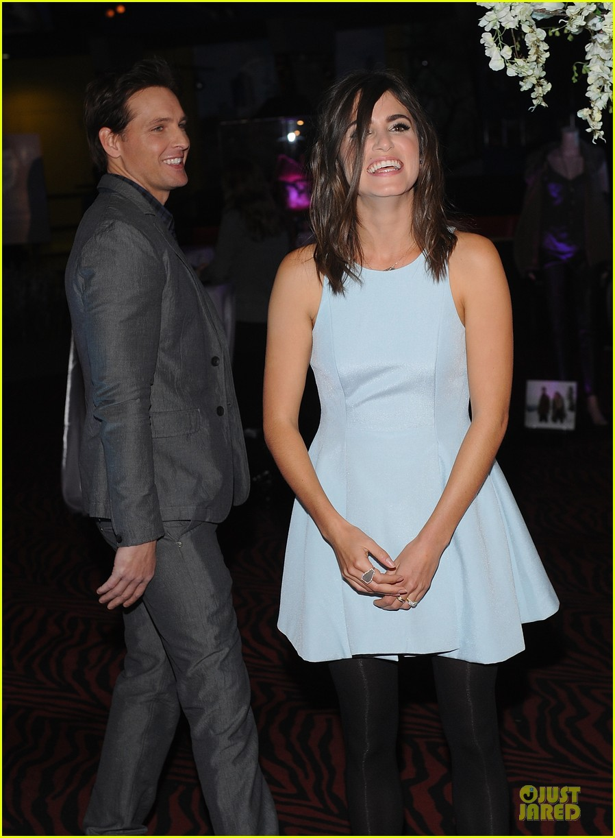 nikki reed peter facinelli twilight experience exhibit launch 11