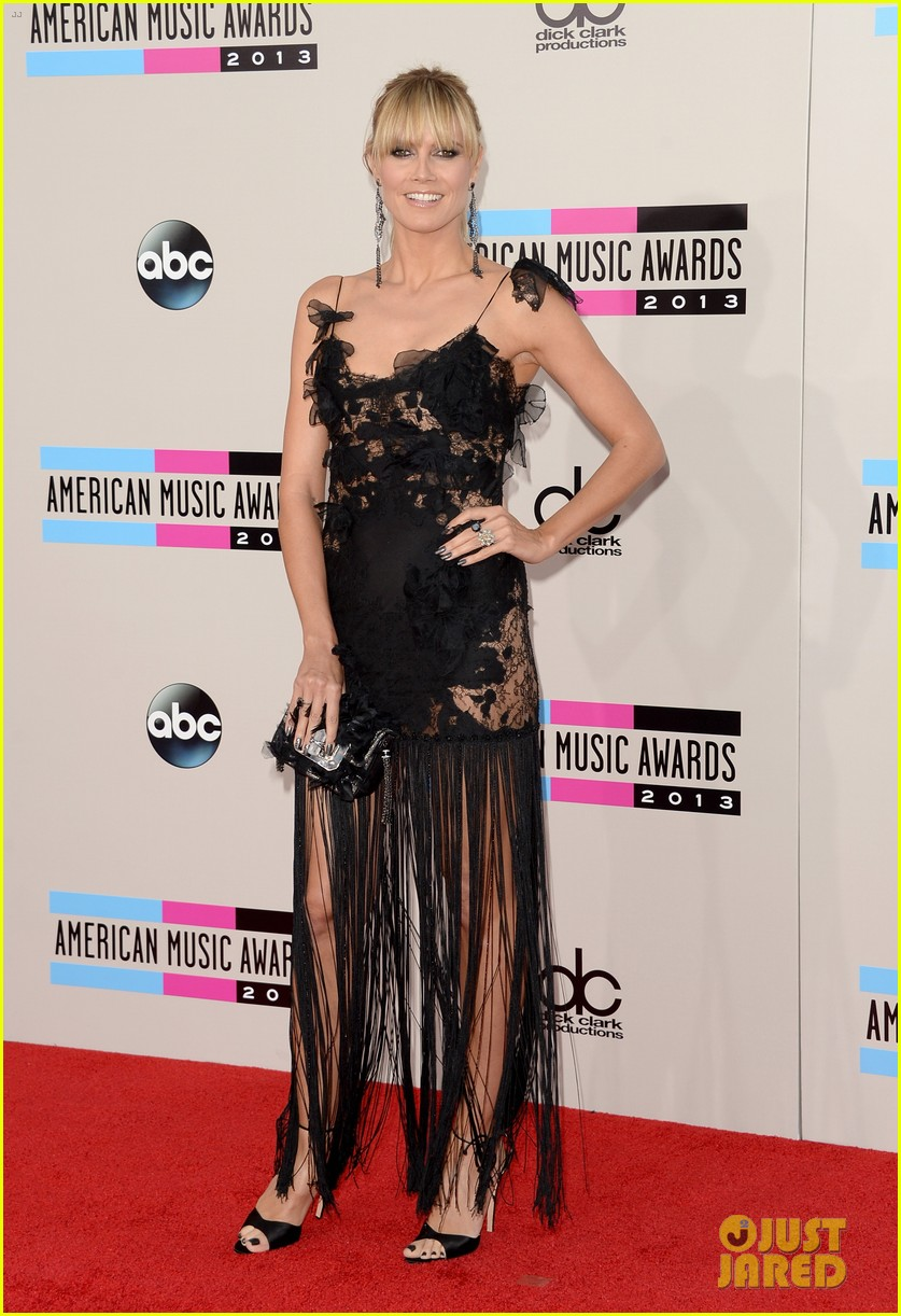 nicole richie heidi klum amas 2013 red carpet 05