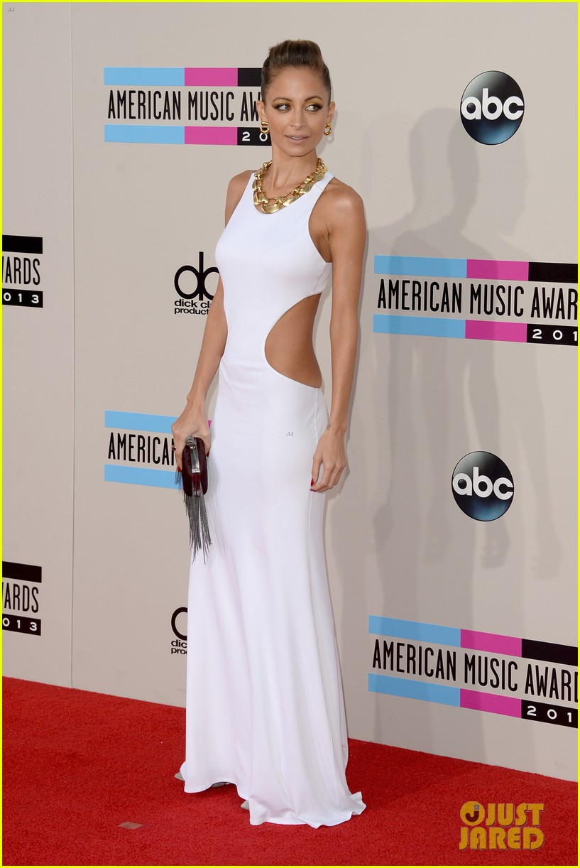 nicole richie heidi klum amas 2013 red carpet 21