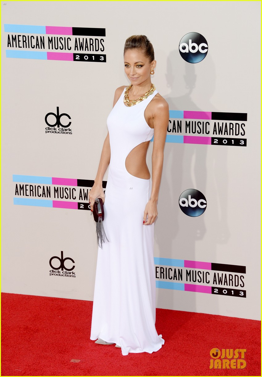 nicole richie heidi klum amas 2013 red carpet 25