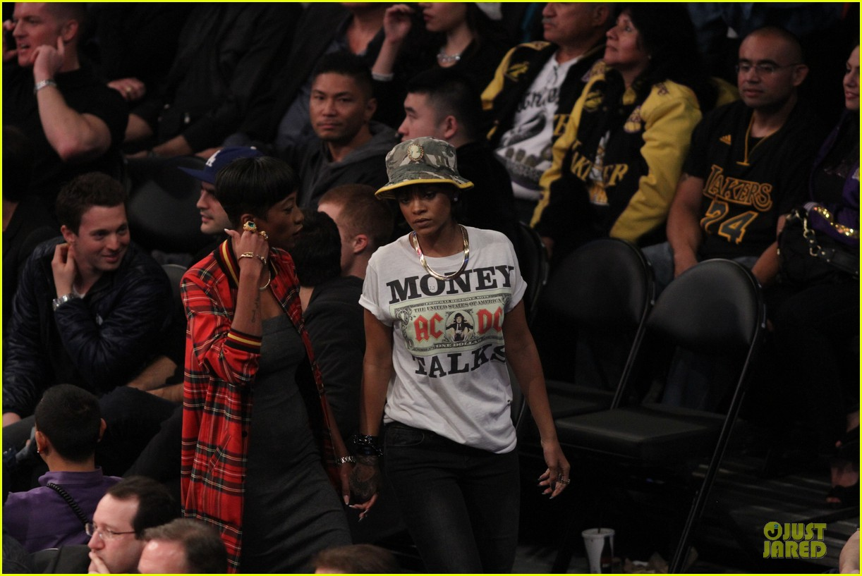 rihanna bff melissa forde hold hands at lakers game 052998435