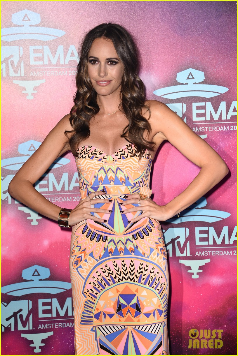 louise roe colton haynes mtv ema 2013 red carpet 06