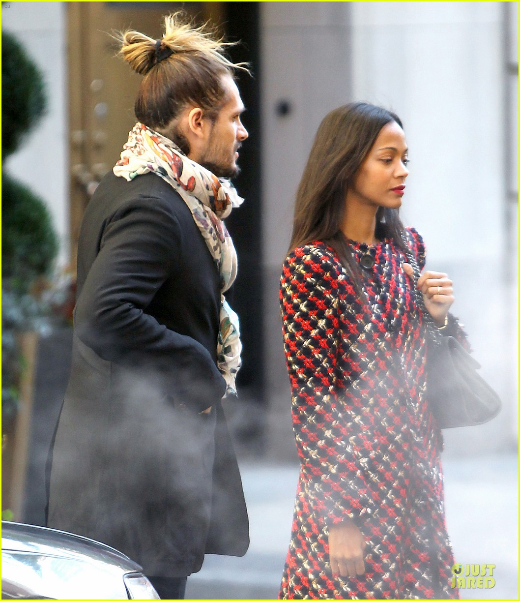 zoe saldana kisses marco perego after face tattoo flash 10