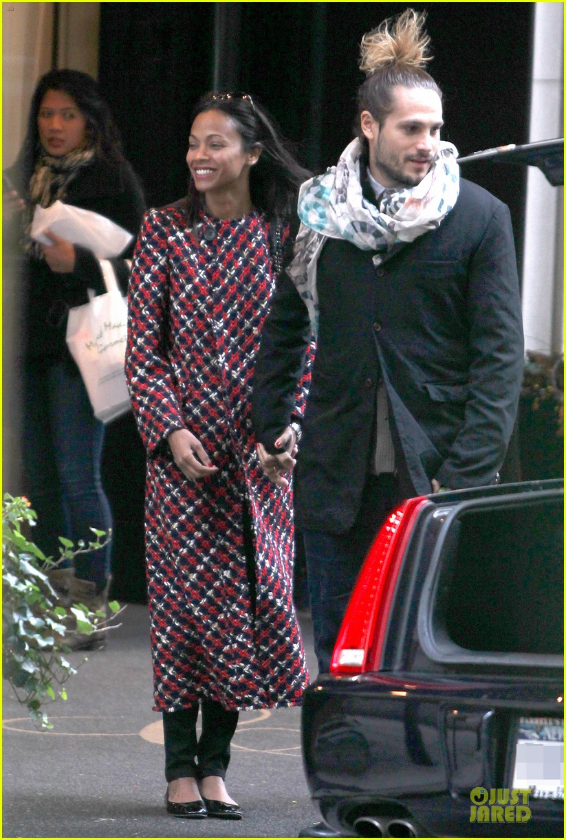 zoe saldana kisses marco perego after face tattoo flash 12