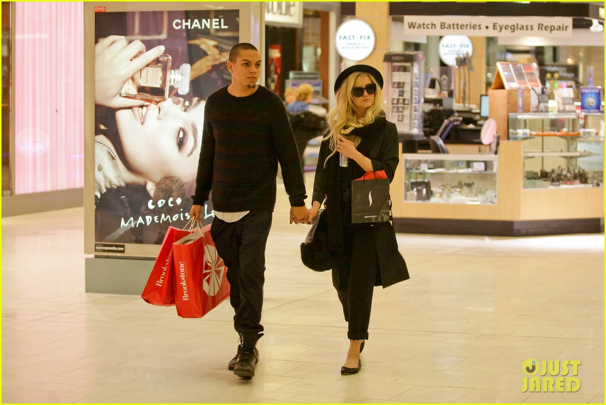 ashlee simpson is the one says boyfriend evan ross 102996486